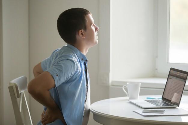 Tips para cuidar la postura en el trabajo
