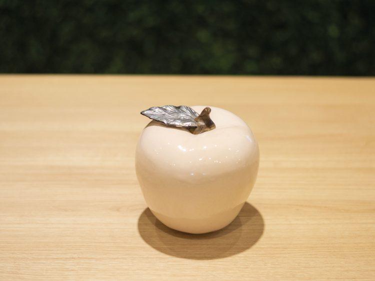 Pieza de ceramica craquelada